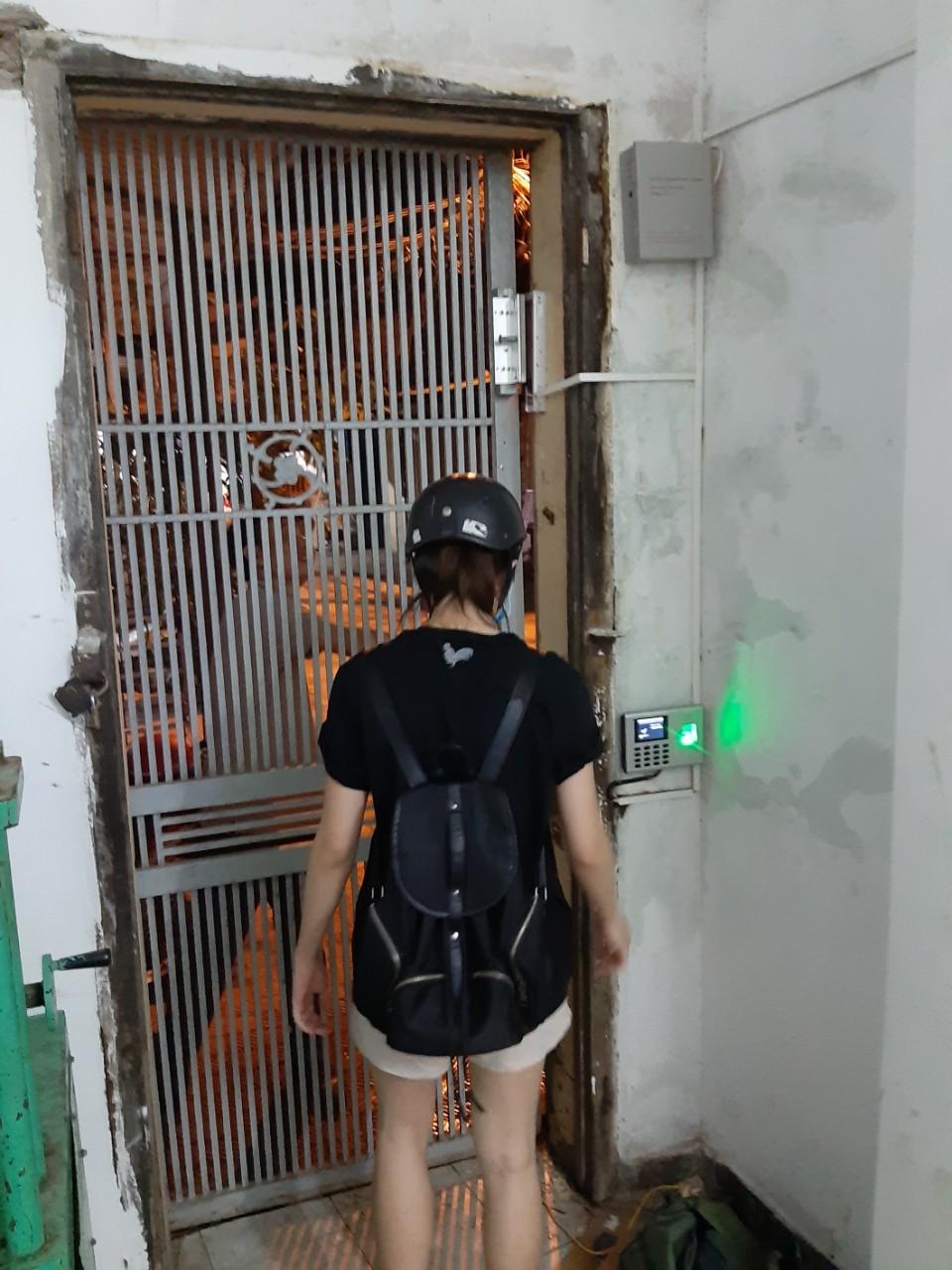 Công trình lắp đặt thực tế khóa cổng nhà trọ
