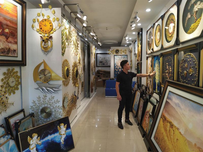 Showroom Đồng Hồ Treo Tường Đẹp
