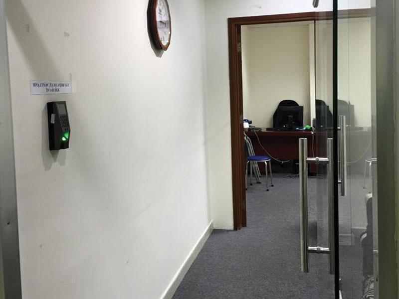 Công trình thực tế lắp đặt hệ thống chấm công kiểm soát cửa